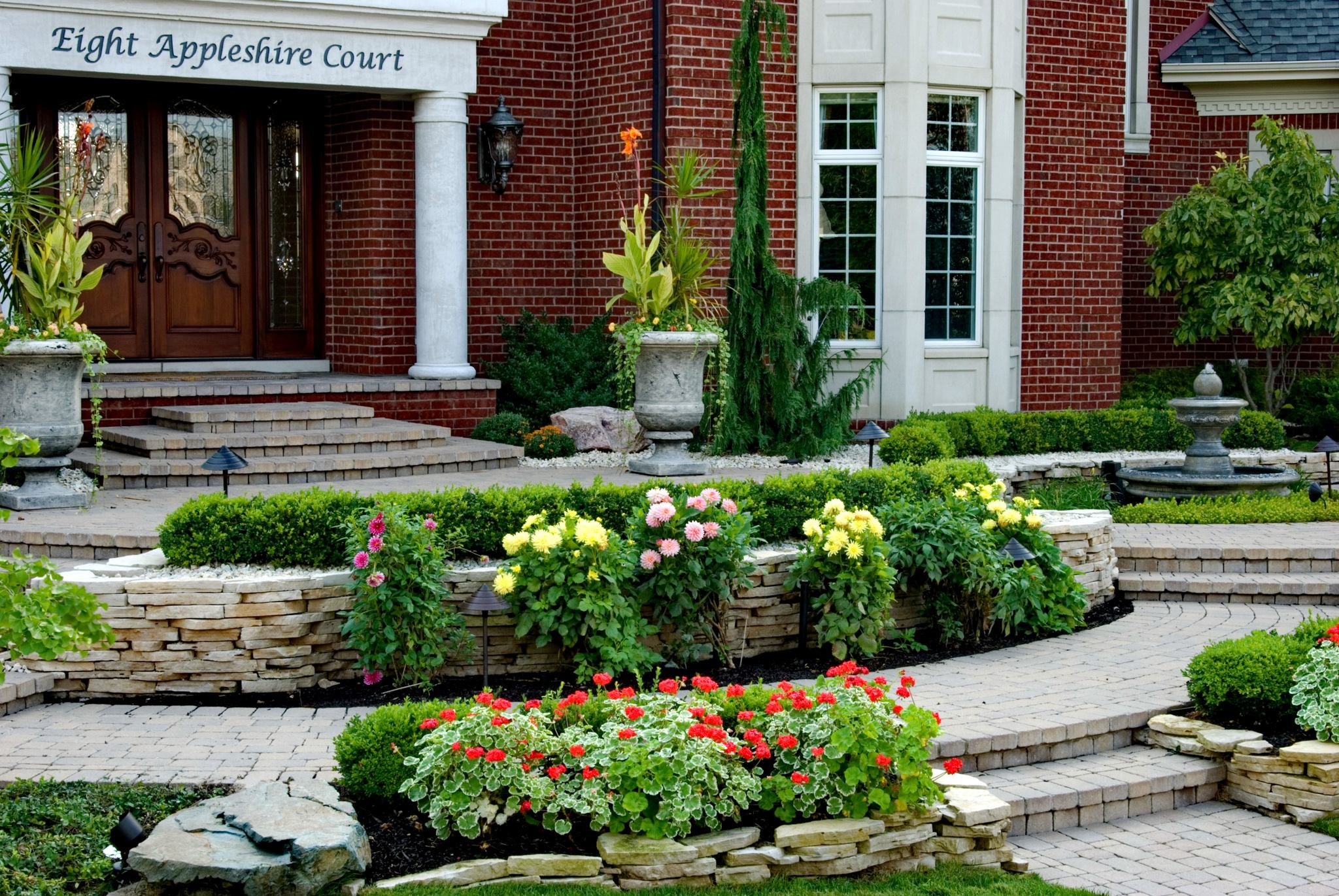 5 Steps to Update Your Curb Appeal